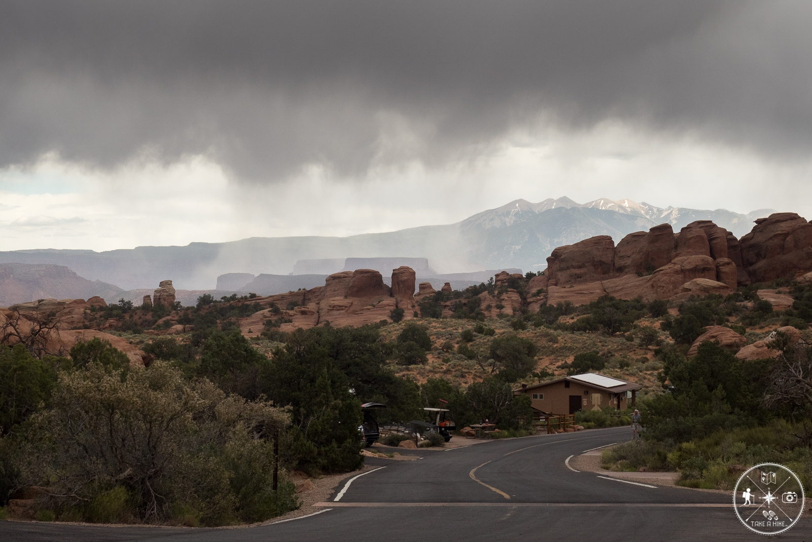 Gewitter und Regen in der Ferne