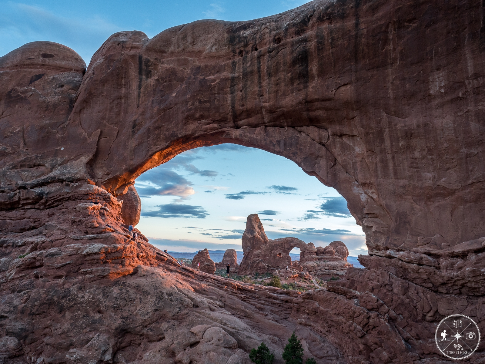 North Window mit Turret Arch zum Sonnenuntergang