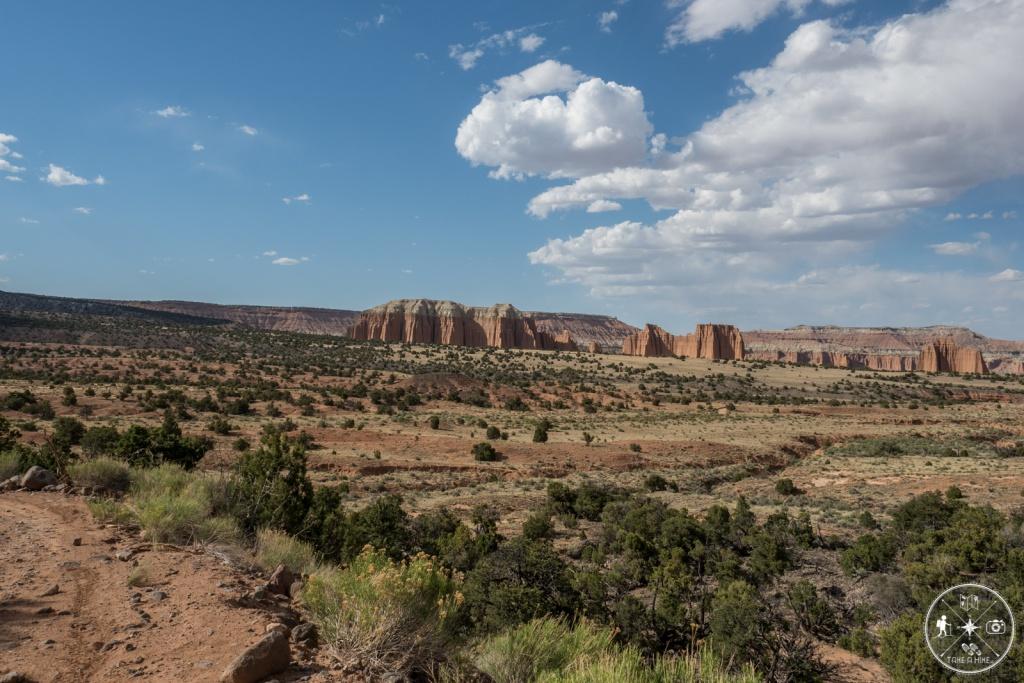Am Wendepunkte auf den Serpentinen. Blick ins Upper Valley